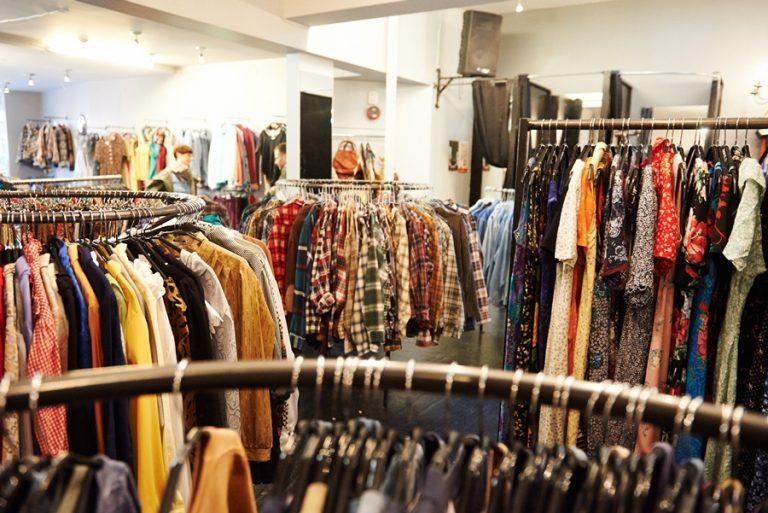 Nên làm gì khi kinh doanh quần áo với số vốn 100 triệu đồng ?