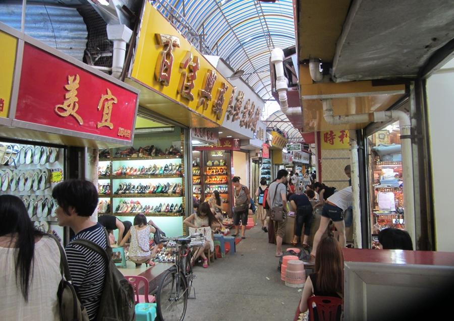 Nguồn hàng giày dép giá rẻ Quảng Châu