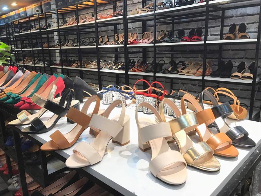 Bí quyết kinh doanh giày dép thành công
