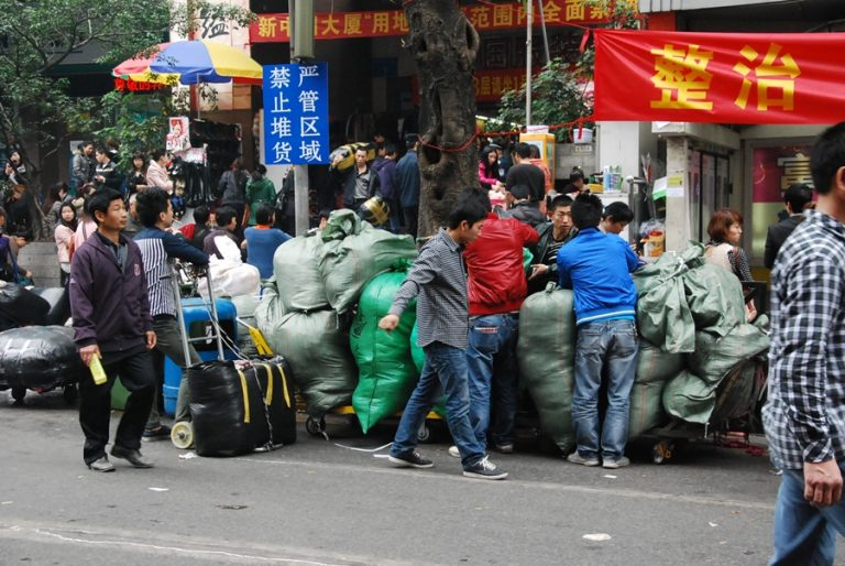 Các nguồn hàng quần áo Quảng Châu tại Hà Nội cho dân buôn miền Bắc