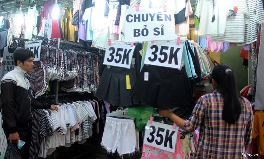 Kinh nghiệm đi chợ Hạnh Thông Tây lấy hàng quần áo