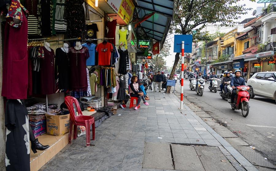 Lấy hàng quần áo tại Hà Nội ở Hàng Ngang, Hàng Đào