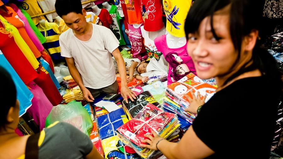 Lấy hàng quần áo ở Hà Nội tại các chợ đầu mối
