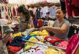 Khám phá các nguồn hàng quần áo giá sỉ tại TPHCM uy tín nhất