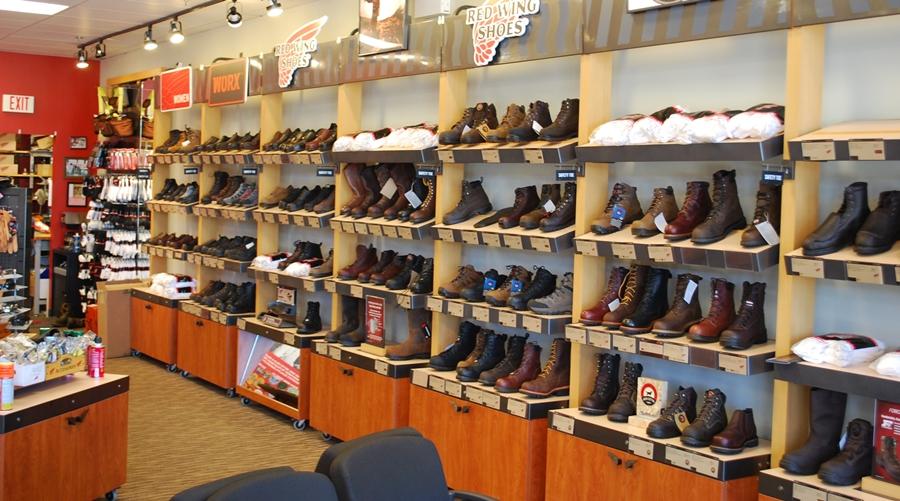 Khám phá các điều cần biết khi mở cửa hàng giày dép