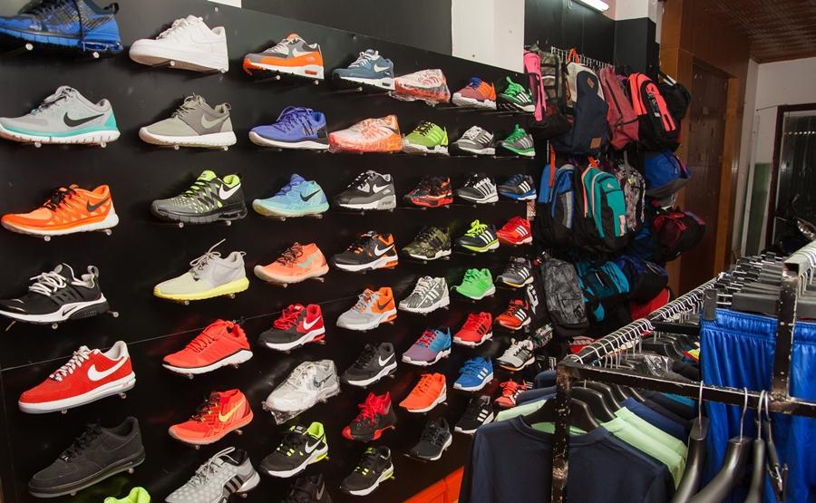 Các điều cần biết khi mở cửa hàng giày dép kinh doanh hiện nay