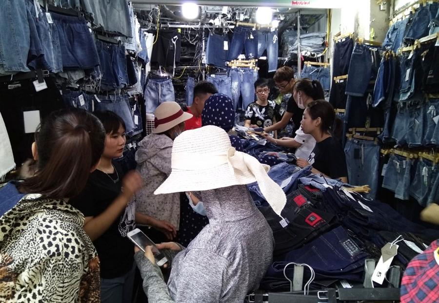 Cách lấy hàng quần áo giá rẻ cho dân kinh doanh
