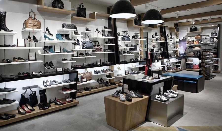 Cách trang trí cửa hàng giày dép từ A đến Z