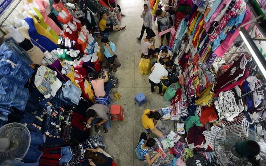 Kinh nghiệm đi chợ Tân Bình tìm nguồn hàng quần áo