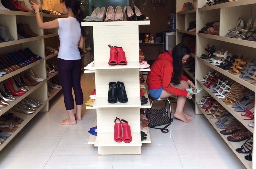 Kinh nghiệm mở cửa hàng giày dép mới nhất