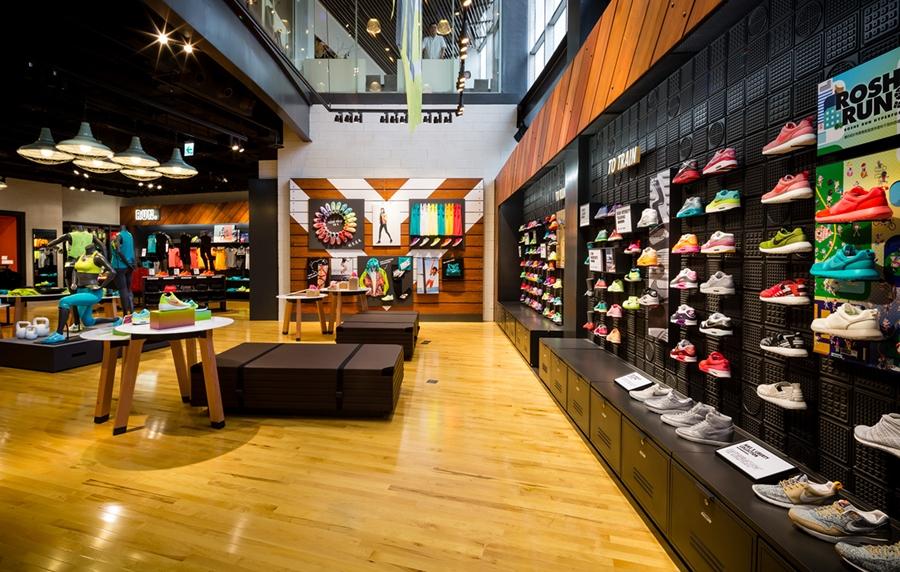 Kinh nghiệm mở shop giày dép kinh doanh