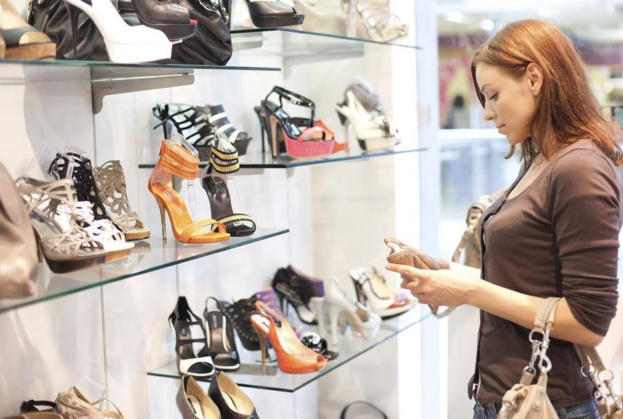 Làm gì khi muốn mở cửa hàng giày dép