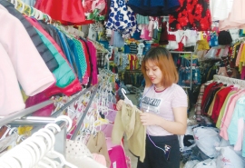 Cách trang trí shop quần áo trẻ em thu hút nhất cho mẹ và bé