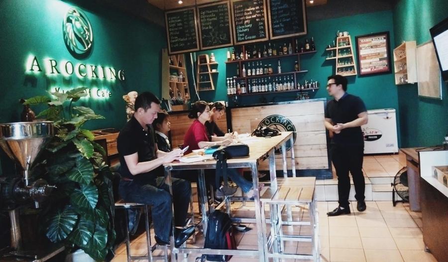 Kinh nghiệm kinh doanh quán cà phê với số vốn từ 100 đến 200 triệu đồng